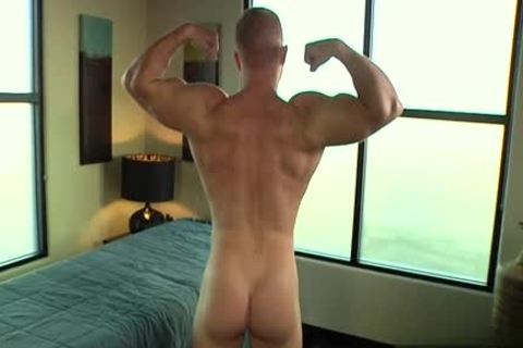 Muscle gay oral-service And Massage