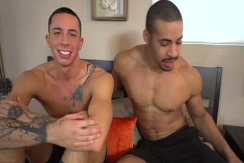 Muscle homo a bit of booty And cumshot